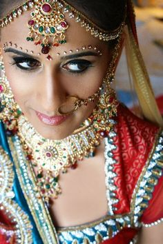 Check out this indian makeup and bridal look by Sonia C, a fabulous Connecticut based makeup artist