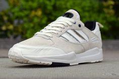 http://www.wtf-ivikivi.de/adidas-tech-super-2-0-chalkoff-white/