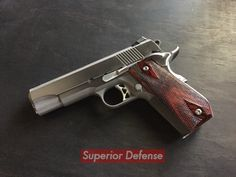 Dan Wesson commander bobtail. I haven't wanted a 1911 In a while. But holy shit I want one of these now !