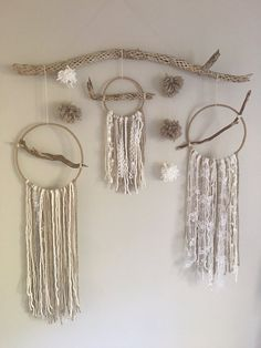 Best 12 40 Length / 52 Height Hoop Sizes: 8 -Earth/Neutral Tones -PomPoms – white/beige Note: This item is a NOT finished product, and is made to order. Wood options may vary. Macrame Wall Hanging Diy, Hanging Wall Art, Wall Hangings, Los Dreamcatchers, Yarn Wall Art, Diy Home Decor Bedroom, Bedroom Ideas, Deco Boheme, Creation Deco