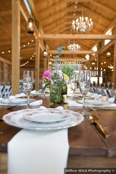 Wedding table setting decor - rustic, fall, vintage, indoor, barn {Willow Wind Photography} Romantic Weddings, Real Weddings, Wedding Place Settings, Rustic Decor, Daisy, Centerpieces, Wedding Photos, Barn, Wedding Inspiration