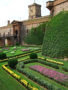 El castillo de Montjuïc, antigua torre de vigía, Barcelona