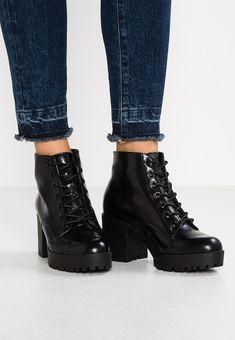 f37c2eedb90 Zwarte Enkellaarsjes online shop • ZALANDO • Ontdek het hier!