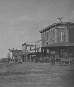 Street scene Abilene, Kansas between 1870 and 1899 Old Western Towns, Western Art, Old West Town, Old West Photos, Abilene Kansas, American Frontier, Le Far West, Mountain Man, Vintage Photos