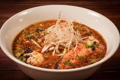 The best ramen in Chicago is filled with tender pork belly, hand-pulled noodles and molten eggs. Chicago Restaurants Best, Breakfast Restaurants, Late Night Food, Eating At Night, Ramen Restaurant, Restaurant Recipes, Restaurant Deals, Sweet And Sour Cabbage, Lunches And Dinners