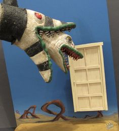 1988 Beetlejuice Sand Puppet Prop -- Description: a second version the green liped one!, used for filming this can be seen when Geena Davis punches the snake in his nose, armature face for stop motion, and foam filled body, Beetlejuice Sandworm, Lydia Beetlejuice, Beetlejuice Halloween, Tim Burton Characters, Tim Burton Films, Movie Props, Party Props, Halloween Themes, Beetlejuice