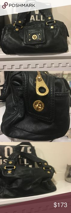 Marc by Marc Jacobs bag! Black Marc by Marc Jacobs bag in great shape has logo writing on inside leather is soft and in great shape with gold accents! Accepting offers😍 Marc by Marc Jacobs Bags Shoulder Bags