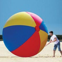 Une balle de plage géante, vraiment gigantesque | Topito