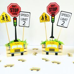 School Bus centerpiece set of 2 School Bus Party by Craftytude