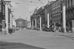 HANNOVER MITTE BAHNHOFSTR Nazi Gautag 9.-12. juni 1938. Fra Hannover i Tyskland. Bahnhofstrasse sett fra Kröpcke, i bakgrunnen Hannover Hauptbahnhof. HANOVER GERMANY