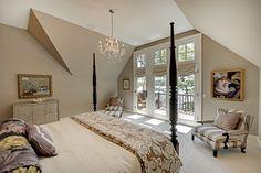 Bedroom - neutral colors - beautiful doors and balcony | Eskuche Design