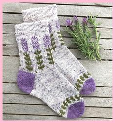 Blooming Lavender Sockenmuster von Stone Knits - - Knitting For BeginnersKnitting FashionCrochet PaYou can find Lavender and more on our website.Blooming Lavender Sockenmuster von Stone Knits - - Knitting For BeginnersKnitting Fas. Ravelry, Knitting Socks, Hand Knitting, Knitting Patterns, Crochet Patterns, Debbie Macomber, Patterned Socks, Sock Yarn, Knitting For Beginners