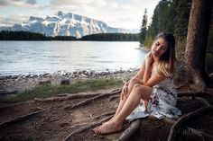 The incredible @lexycparks on the shore of Two Jack Lake. Not only is Lexy an incredible model but she's also an incredible photographer. Definitely check out her work!  #twojack #woman #rundle #banff #banffnationalpark #alberta #travelalberta #parkscanada #ohcanada #canada #imagesofcanada #wildlycreative #mybanff #canadianrockies #rockies