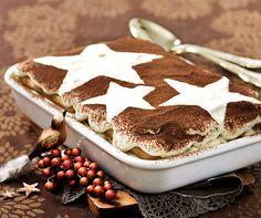 Mandarinen-Tiramisu Einfach festlich: Mit diesem winterlichen #Tiramisu kann niemand widerstehen! #Rezept #Dessert Tiramisu Cookies, Cake Cookies, Chef Recipes, Dessert Recipes, Tiramisu Fruits, Cake Shop, Trifle, Cheesecakes, Biscotti