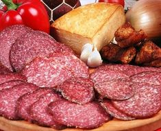 Házi szalámi készítése Salami Recipes, Homemade Sausage Recipes, Homemade Salsa, Beef Ribs, Hungarian Recipes, Smoking Meat, Cooking Recipes, Healthy Recipes, I Love Food