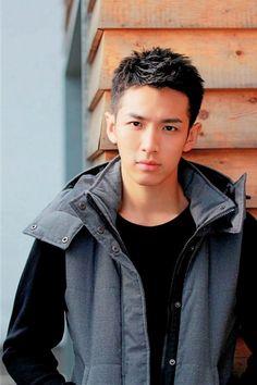 Asian Hairstyles Men Popular 7 - 13 Asian Hairstyles Men Popular – Mens Haircuts 2014
