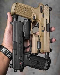 Born & bred for battle🤘 Dueling FNX 45 Tactical's with APL's - © Revolver, 9mm Pistol, Military Weapons, Weapons Guns, Guns And Ammo, Tactical Equipment, Tactical Gear, Tactical Survival, Beretta 92