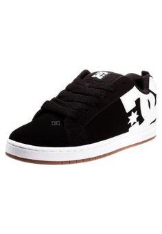 d1efeffca4 16 Best Scarpe Per Uomo images | Slippers, Shoes sneakers, Sneaker