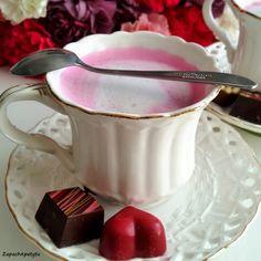 Pink latte #zapachapetytu #pink #pinklatte Latte, Breakfast, Tableware, Pink, Morning Coffee, Dinnerware, Tablewares, Dishes, Pink Hair