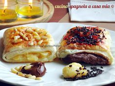 Le napolitanas, un classico della pasticceria spagnola. Buone, veloci da preparare a casa, eccone due versioni, una con crema pasticcera e una con Nutella.