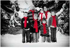 family holiday photo ideas | family photo | Christmas Photo Ideas