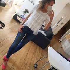 """1,393 Me gusta, 51 comentarios - Céline (@lesfutiles) en Instagram: """"En mode garde malade de ma mini (plus trop malade une fois l'heure de l'école passée 😏💕...)…"""""""