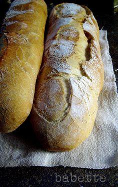 rusztikus kenyerek by babettee, via Flickr