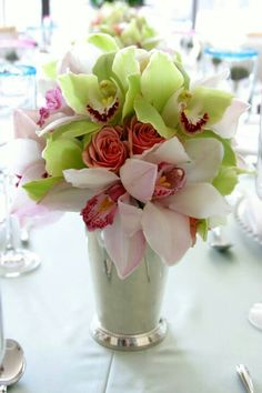 Debi Lilly Made These Beautiful Arrangements For The