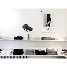 Greys and blacks and whites in the Store | 27.8.14