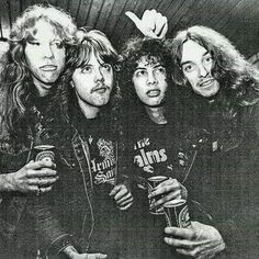 Metallica old school Pale Waves, Jason Newsted, Cliff Burton, Robert Trujillo, Kirk Hammett, James Hetfield, Punk, The Big Four, Thrash Metal