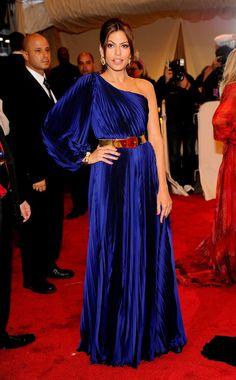 Eva Mendes stunned in cobalt blue at the Met Gala.