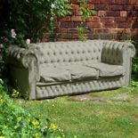 This is a concrete Chesterfield sofa!! I would love to have one of these in my garden!!! So neat!!!