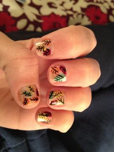 Nice design - nail stickers to the rescue and good for someone who's not comfortable drawing the leaves.
