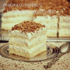Food Items, Mcdonalds, Vanilla Cake, Tiramisu, Nom Nom, Icing, Cake Recipes, Bacon, Good Food