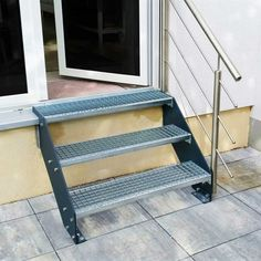 Standard Außentreppe Gartentreppe Treppe mit Geländer Treppengeländer Handlauf rechts - 3 Stufen Treppenstufen Gitterroststufen