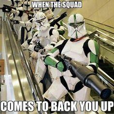 Best Star Wars Memes 13 - Droids Star Wars - Ideas of Droids Star Wars - Best Star Wars Memes 13 Star Wars Padme, Star Wars Clone Wars, Star Wars Art, Star Wars Jokes, Star Wars Comics, Star Wars Pictures, Star Wars Images, Star Wars Poster, Cuadros Star Wars