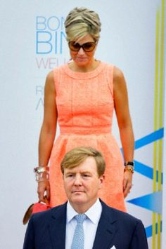 King Willem-Alexander and Queen Maxima of The Netherlands during a welcome ceremony at the L.G. Smith boulevard in Aruba, Dutch Antilles, 20.11.13.