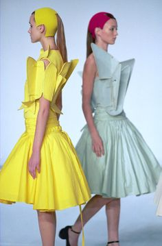 love these geometric structures #fashion #design