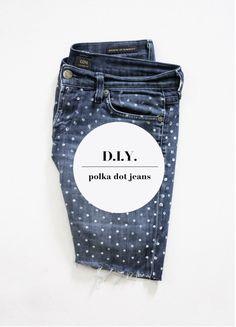 polka dot denim diy   lekker makkelijk: oude spijkerbroek, potlood met gummetje aan de achterkant, textielverf (waterbasis) en stempelen maar ♥♥♥