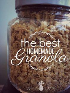 Homemade Granola Enjoy the best homemade granola recipe around. This granola recipe is simple and delicious.Enjoy the best homemade granola recipe around. This granola recipe is simple and delicious. Granola Muesli, Best Granola, Crunchy Granola, Granola Cereal, Granola Bars, Easy Granola Recipe, Healthy Homemade Granola, Pioneer Woman Granola Recipe, Diabetic Granola Recipe
