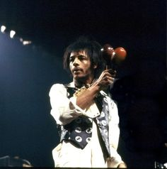 Love vocalist and songwriter Arthur Lee. Pictures Of Rocks, Concept Album, Love Band, British Invasion, Rock Posters, Rockn Roll, Best Rock, Classic Rock, Elvis Presley