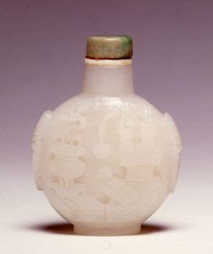 An opaque white glass snuff bottle, 1770-1850. | Burghley Collections