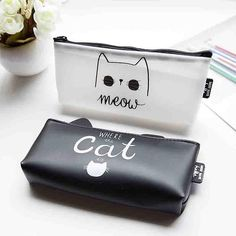 Meowy Cat Makeup Bag ( 4 styles available)