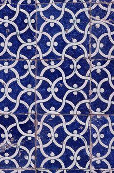 Islamic Tile Pattern  © Gérard Degeorge/CORBIS