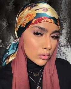 Modern Hijab Fashion, Hijab Fashion Inspiration, Modest Fashion, Pashmina Hijab Tutorial, Hijab Style Tutorial, Stylish Hijab, Hijab Chic, Mode Instagram, Mode Turban