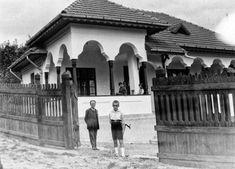 Bucharest, Traditional House, Romania, Bonsai, Art Deco, Farmhouse, Artwork, Houses, Space
