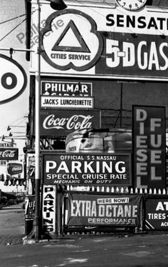 Gas New York, 1955 © William Klein / Courtesy Galerie Le Réverbère, Lyon History Of Photography, Urban Photography, Street Photography, William Klein, Edward Steichen, Robert Frank, William Eggleston, Image Makers, New York