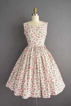 Vintage 1950s Black White Polka Dot Dress Zip Front White Large Cuff Detail Waist:26.5