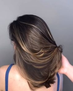 Balayage Ombre Hair Color Ideal For You – Page 7 Curly Hair Styles, Front Hair Styles, Medium Hair Styles, Natural Hair Styles, Hair Front, Ombre Hair Color, Hair Color Balayage, Hair Highlights, Color Highlights