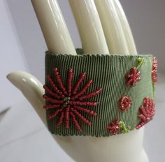 Stoffarmbänder -  besticktes Armband  Grete - ein Designerstück von ADEOLA bei DaWanda